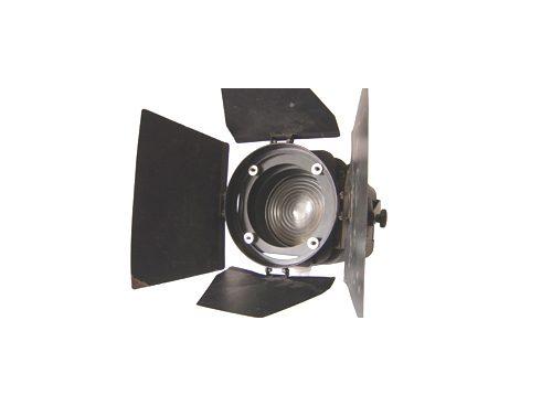 1000w Fresnel c/visera CONTROLITE