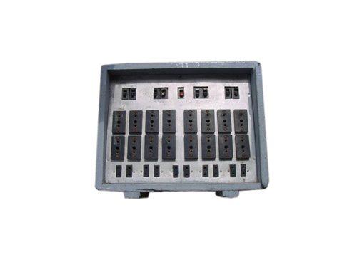 Tablero 50 Kw. c/9 llave de corte punta 3p+1n c/Terminal